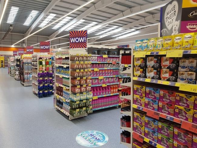 How the new Cowdenbeath store will look with packed aisles.