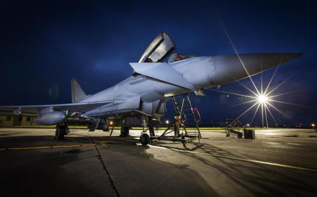 Central Fife Times: A Typhoon jet