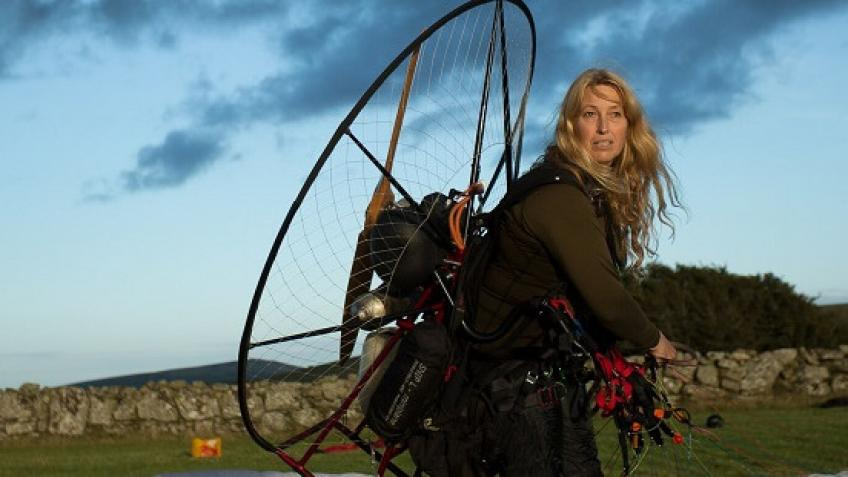 Sacha Dench in Round Britain Guinness World Record Climate Challenge by electric paramotor - centralfifetimes.com