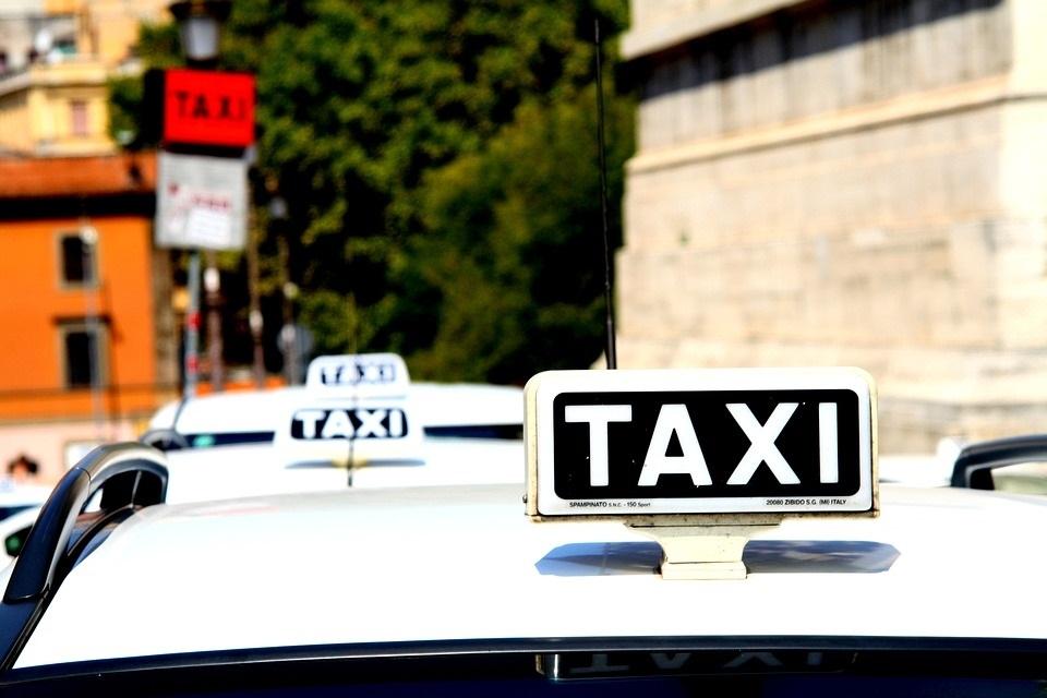 Free game radio taxi delplata for lumia
