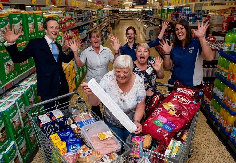 L to R: Joe Gibbins, ALDI area manager; Carol Duncan, Deputy Store Manager; Emma Dalrymple, Store Asst; Amy Sinclair, Cowdenbeath Food Bank Team Leader; Hayley Fraser, Store Asst; and Mary Boyd.
