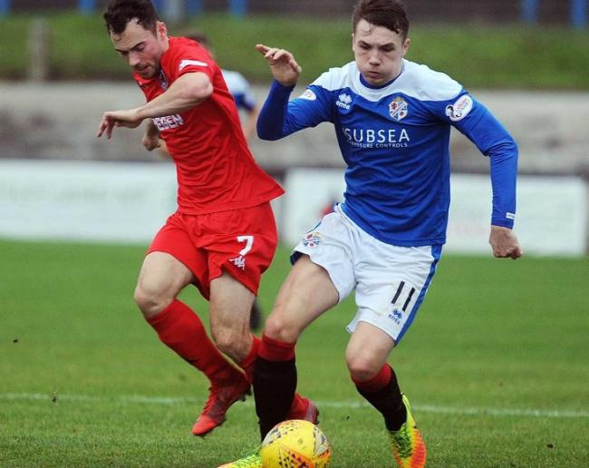 Harvey Swann in action for Cowdenbeath.